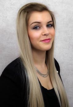 Victoria Lange - Frisörin